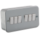 M4200  METAL CLAD 10A 6G 2WAY SWITCH