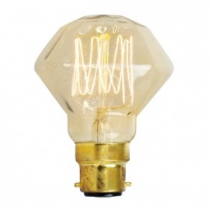 18729  40W SQUIRREL CAGE VINTAGE STYLE 'DIAMOND' BULB WITH BC CAP